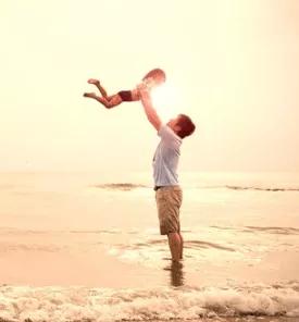 一次举高高,孩子摔成脑损伤!爸爸:一辈子不会原谅自己