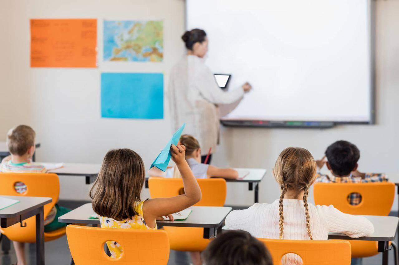 新文达发布暑期产品,主要面向6-18岁年龄段青少年