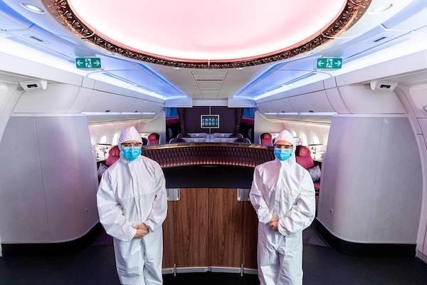 全套防护服、紫外线消毒机器人……航空公司新招应对疫情