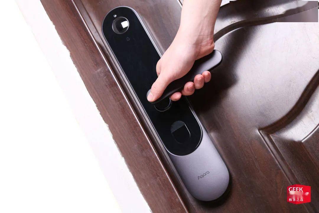 一把锁也能帮你「看」家护院 | Aqara 智能摄像头门锁 P100 体验