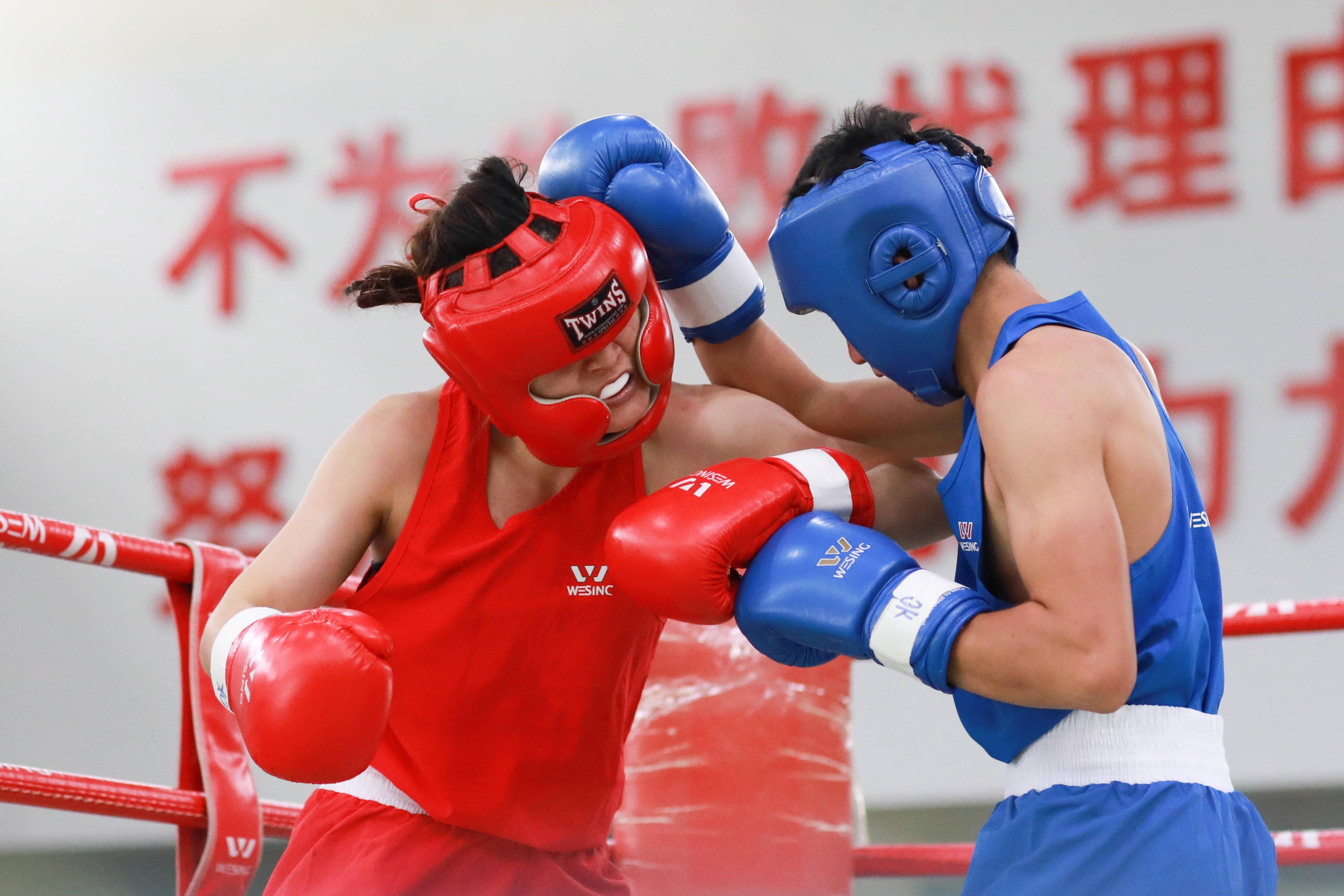 拳击——贵州省拳击队举办今年首场测试赛