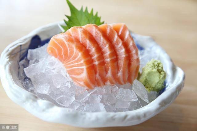 三文鱼的营养价值和功效如何?吃的时候需要注意什么?不妨来了解