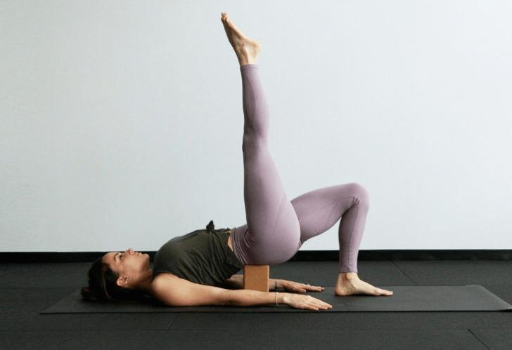 练瑜伽,没感觉?12个常见瑜伽体式,这样练超级有感觉! 减肥窍门 第18张