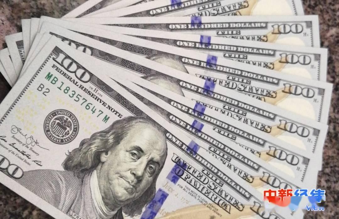 路透调查:未来一年美元主导地位将逐渐消失