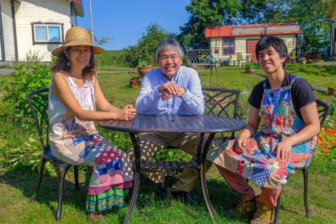 我在日本最美乡村有间小屋,种菜养羊,自给自足