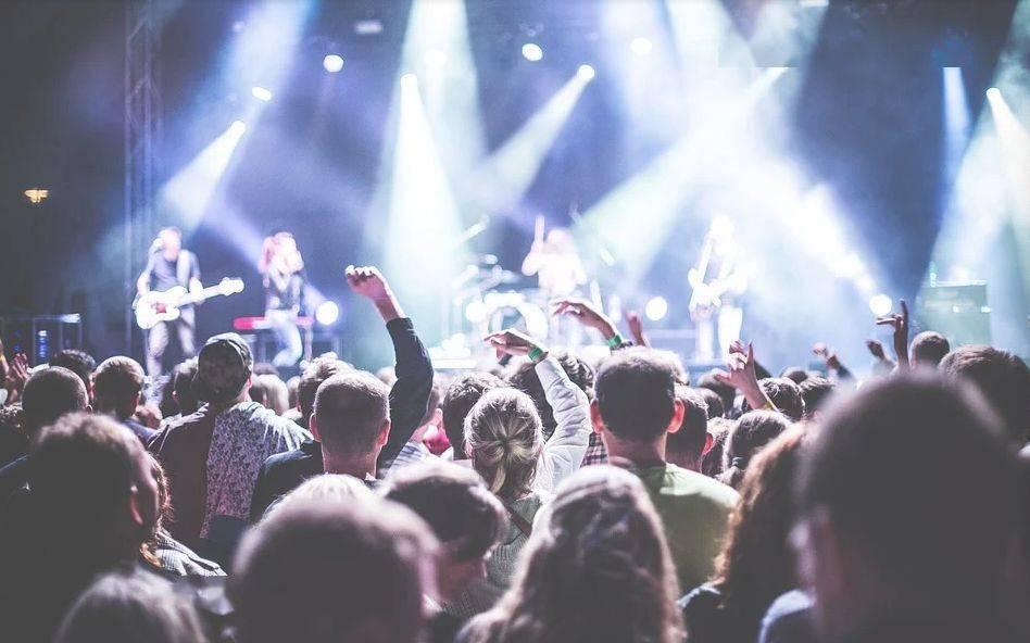 滚石乐队等千名音乐家联名呼吁英国政府援助现场音乐产业