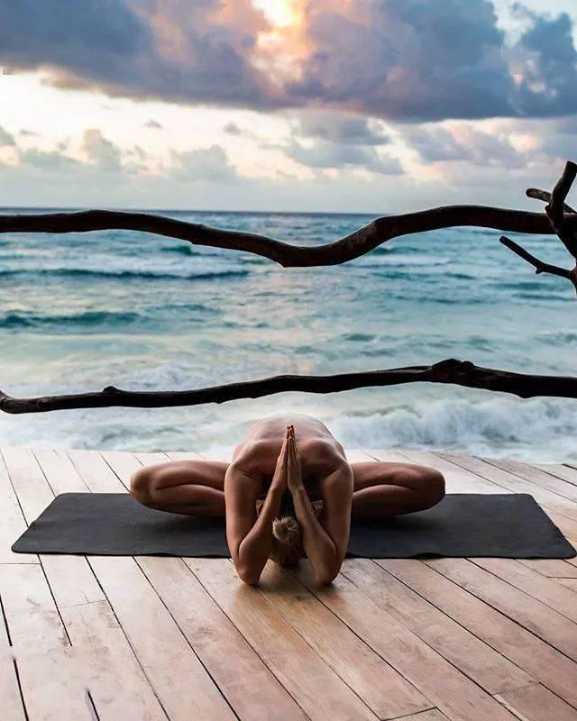 夏季练瑜伽,一定要配合疏通这条经络,很多人都不知道!
