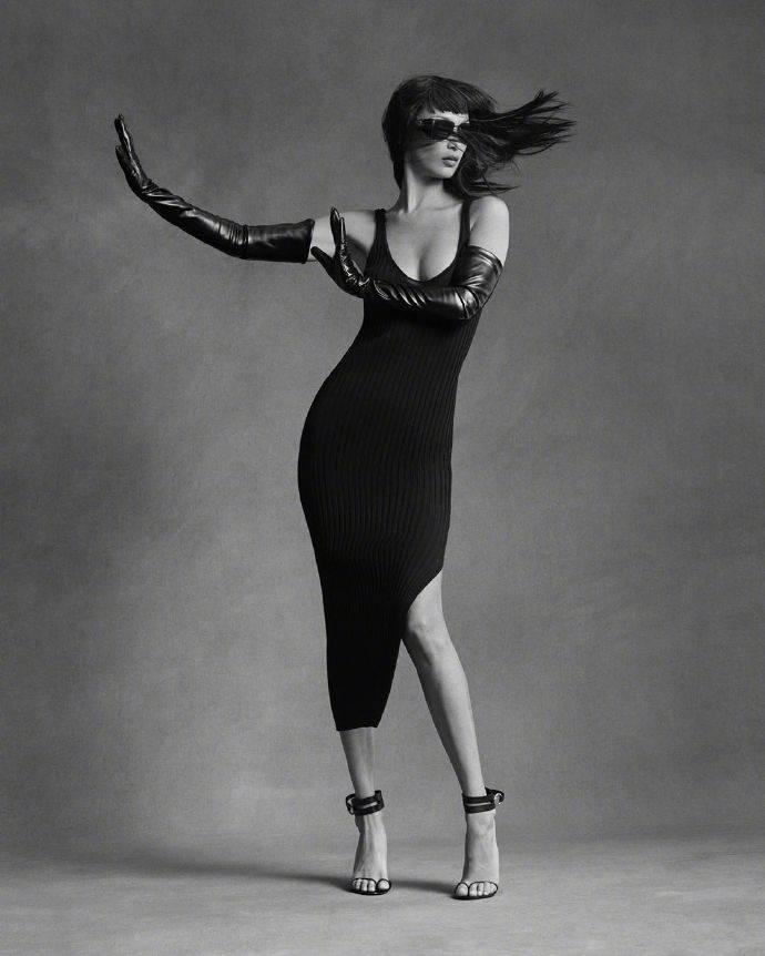 世界超模Bella Hadid 最新时尚大片!