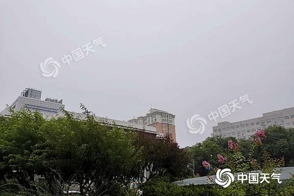 北京双休日凉爽多阴雨 下周最高气温重回30℃以上