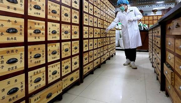 新疆昨增22例新冠肺炎确诊病例,新增38例无症状感染者基本由免费核酸检测筛出