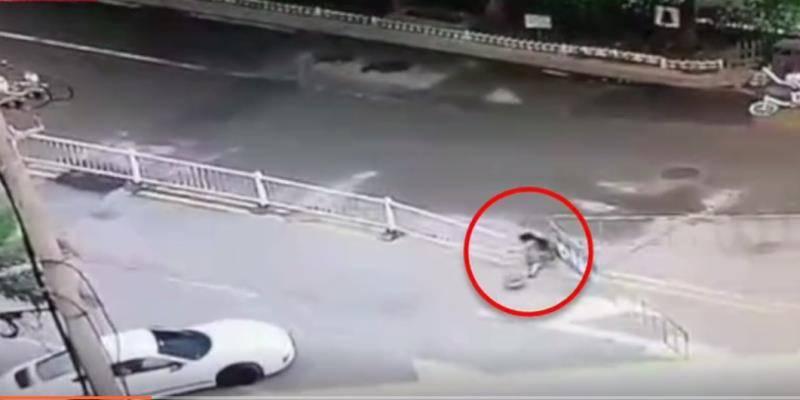 最后的乘客警方回应南昌保时捷多次冲撞