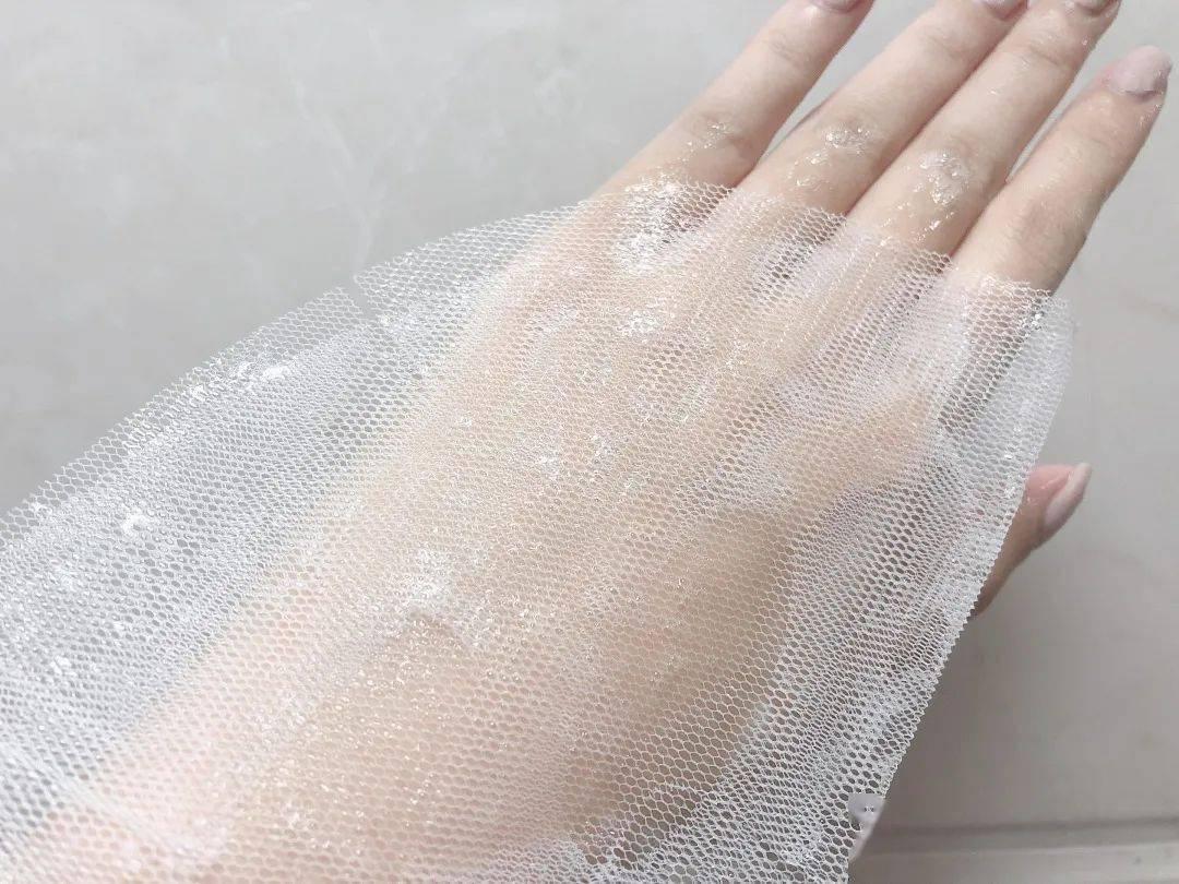 """降温5℃!韩国第一yao妆出的这款""""黑科技""""面膜,10分钟,把水补足,还能控油、缩小毛孔!"""