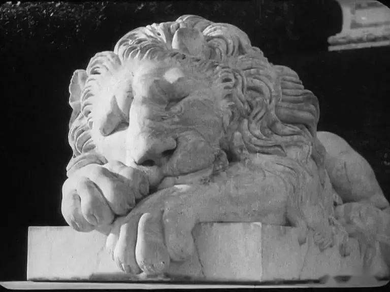 [片名]《战舰波将金号》(1925年) 解咬村皮影戏的