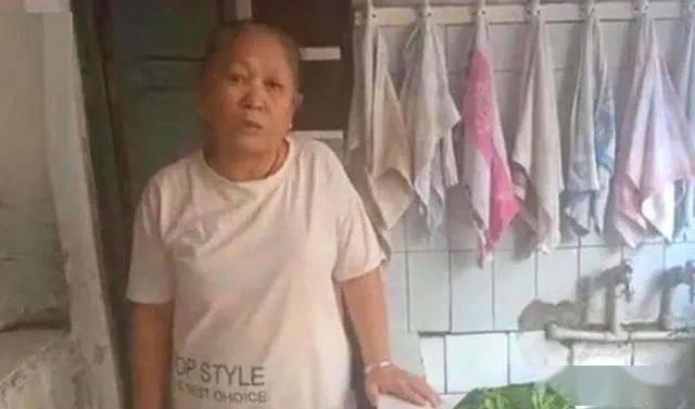 """重庆""""神童"""":被爷爷奶奶一手带大,1岁识字15岁高考667分"""