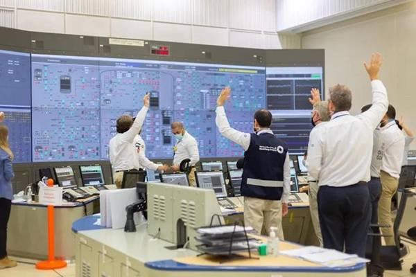 坐拥油田却巨资上马核电站,阿联酋超前部署藏科技领袖雄心