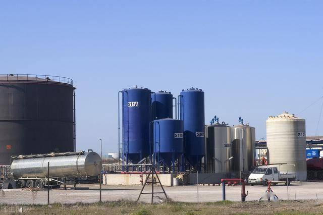 该项目主体修建规模约15万平方米横跨陈