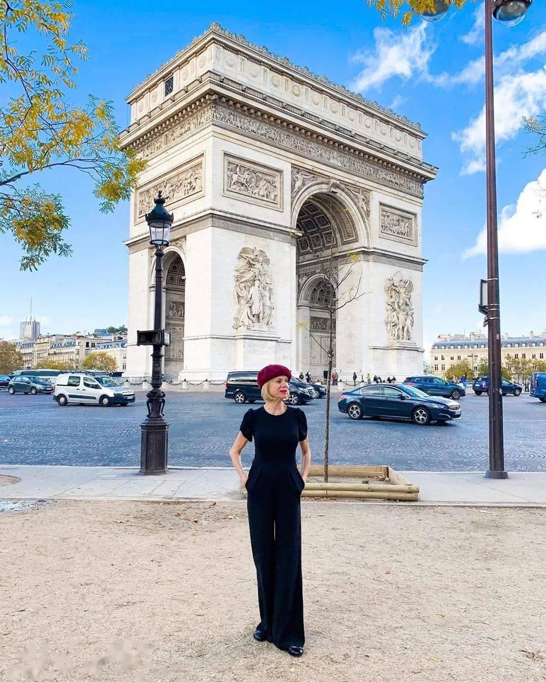 62岁离婚恢复单身的奶奶,68岁穿比基尼、独自环游世界火遍全网!插图(37)