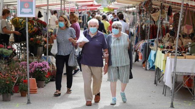 疫情严峻巴黎全城开始推行户外强制戴口罩规定
