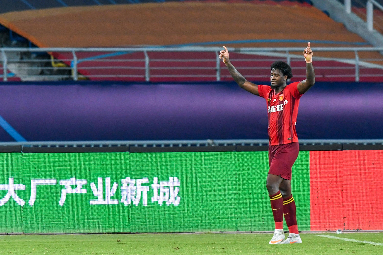 足球——中超:河北华夏幸福胜上海上港