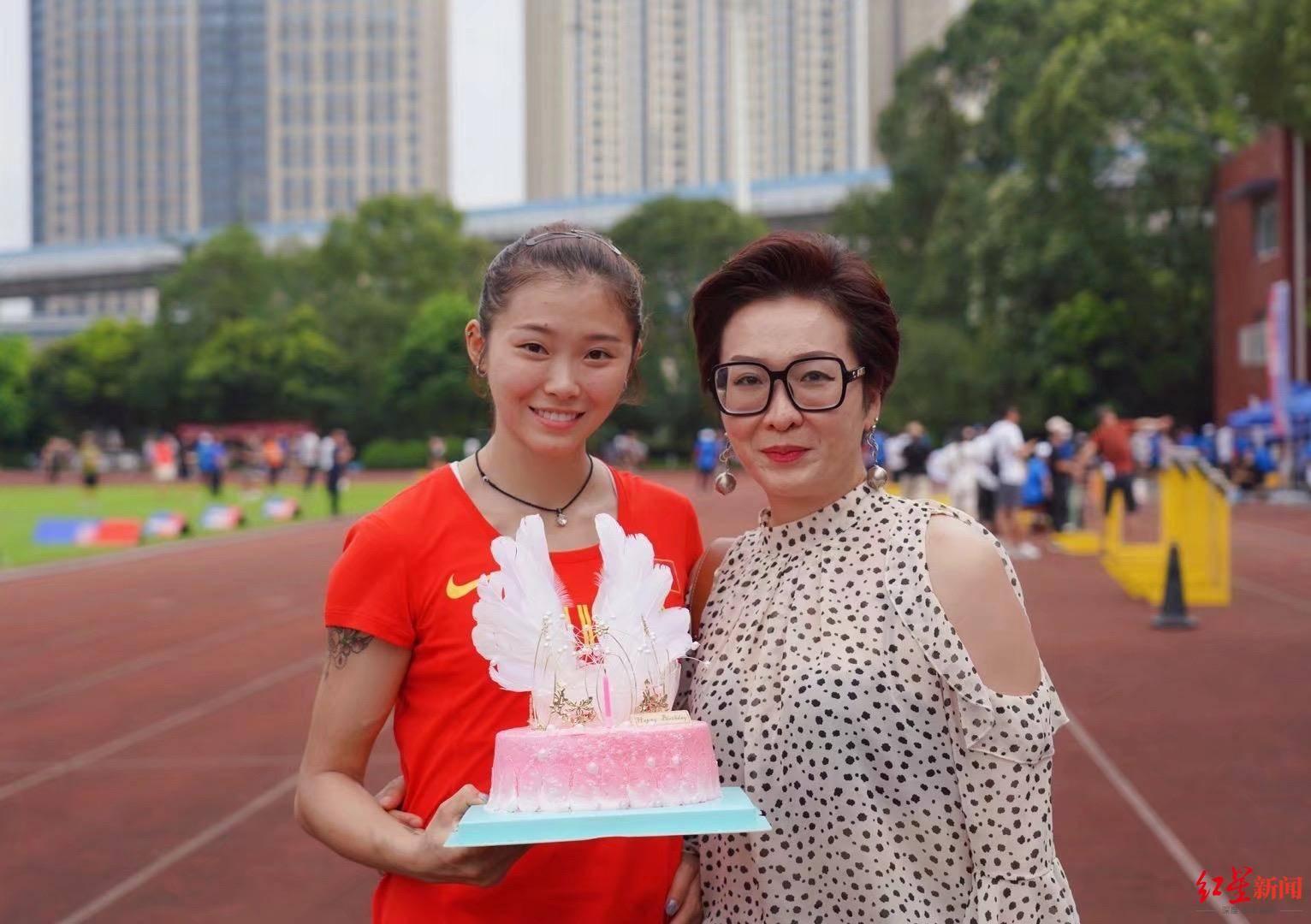 """专访四川""""女飞人""""吴艳妮:夺冠全国田径锦标赛女子100米栏,冲破瓶颈期又成长了"""