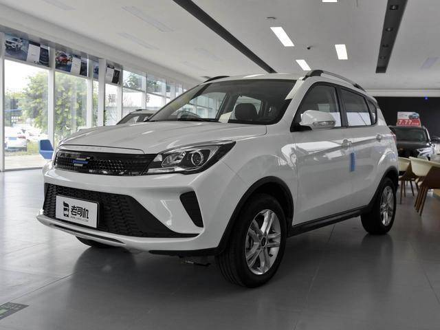 中国品牌价格战升级!这款SUV1.6L四缸机实力不输XRV,价格5万