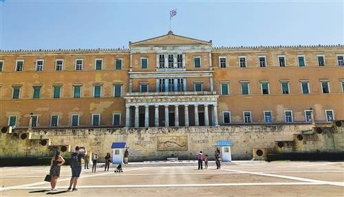 希腊旅游业复苏路漫漫