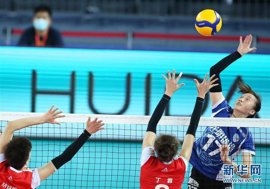 全国女排锦标赛第二阶段交叉赛:上海胜辽宁