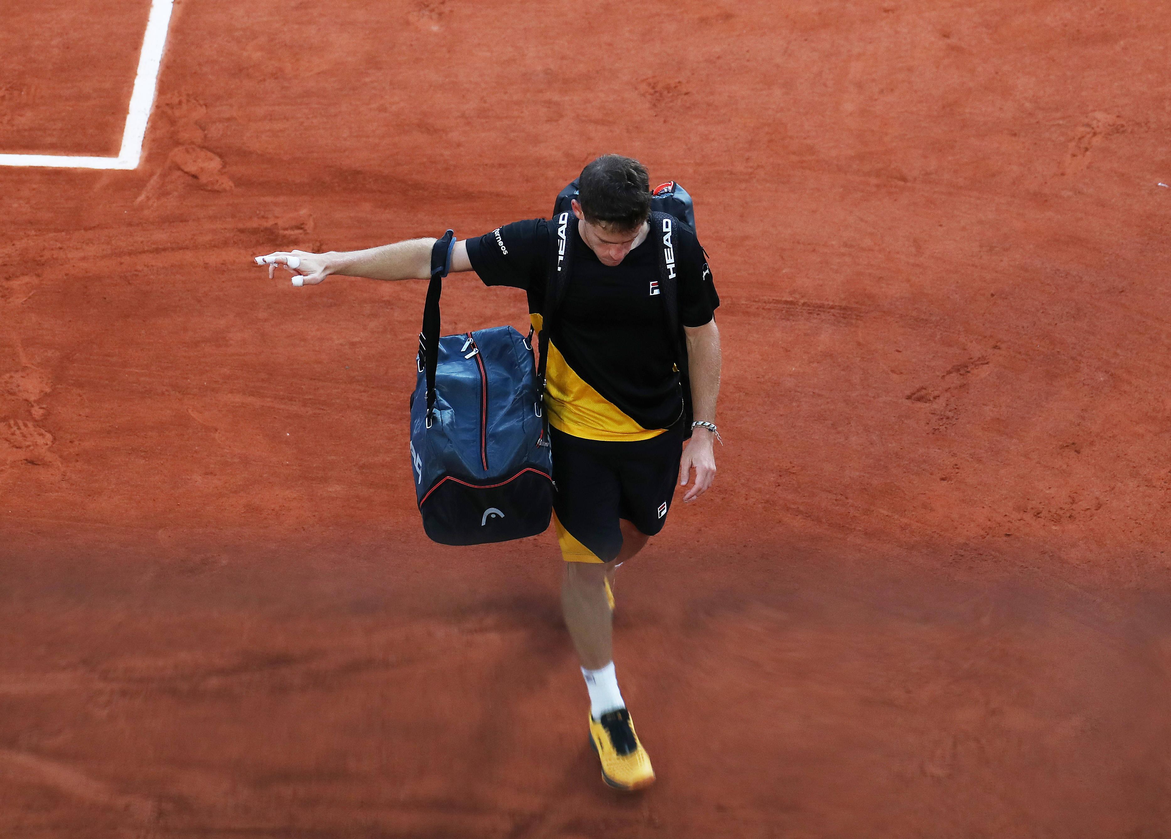 网球——法网:施瓦茨曼无缘决赛
