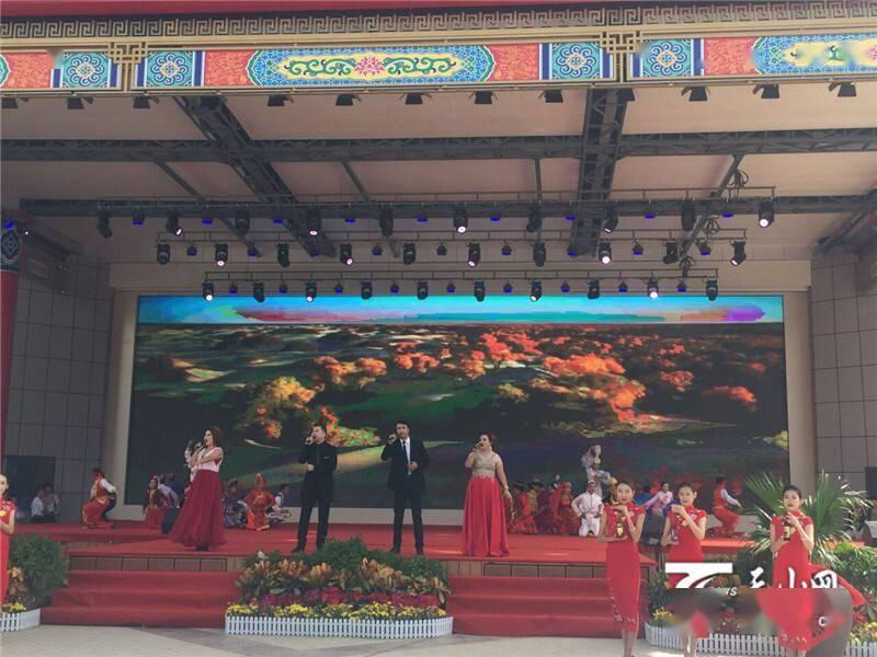 阿瓦提县第七届慕萨莱思文化旅游节开幕