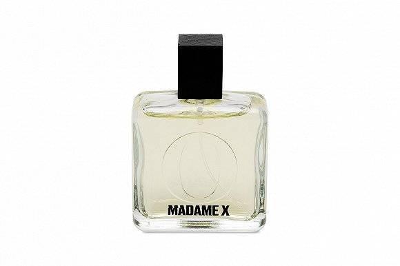 摩登日记 女明星的美丽副业:赛琳娜卖彩妆、麦当娜出香水