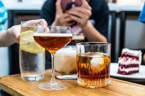 咖啡加酒的5种喝法,款款都是经典! 博主推荐 第2张