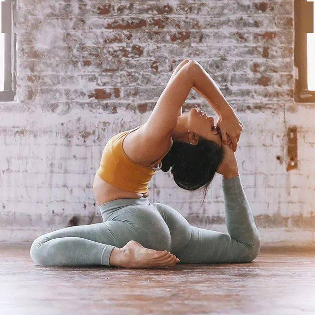 16个瑜伽动作经常练,让你的臀部全面虐到爆