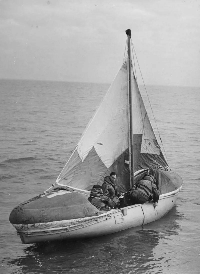 为救生艇插上翅膀,小谈各国空投式海空救援设备发展(英美篇)     第4张