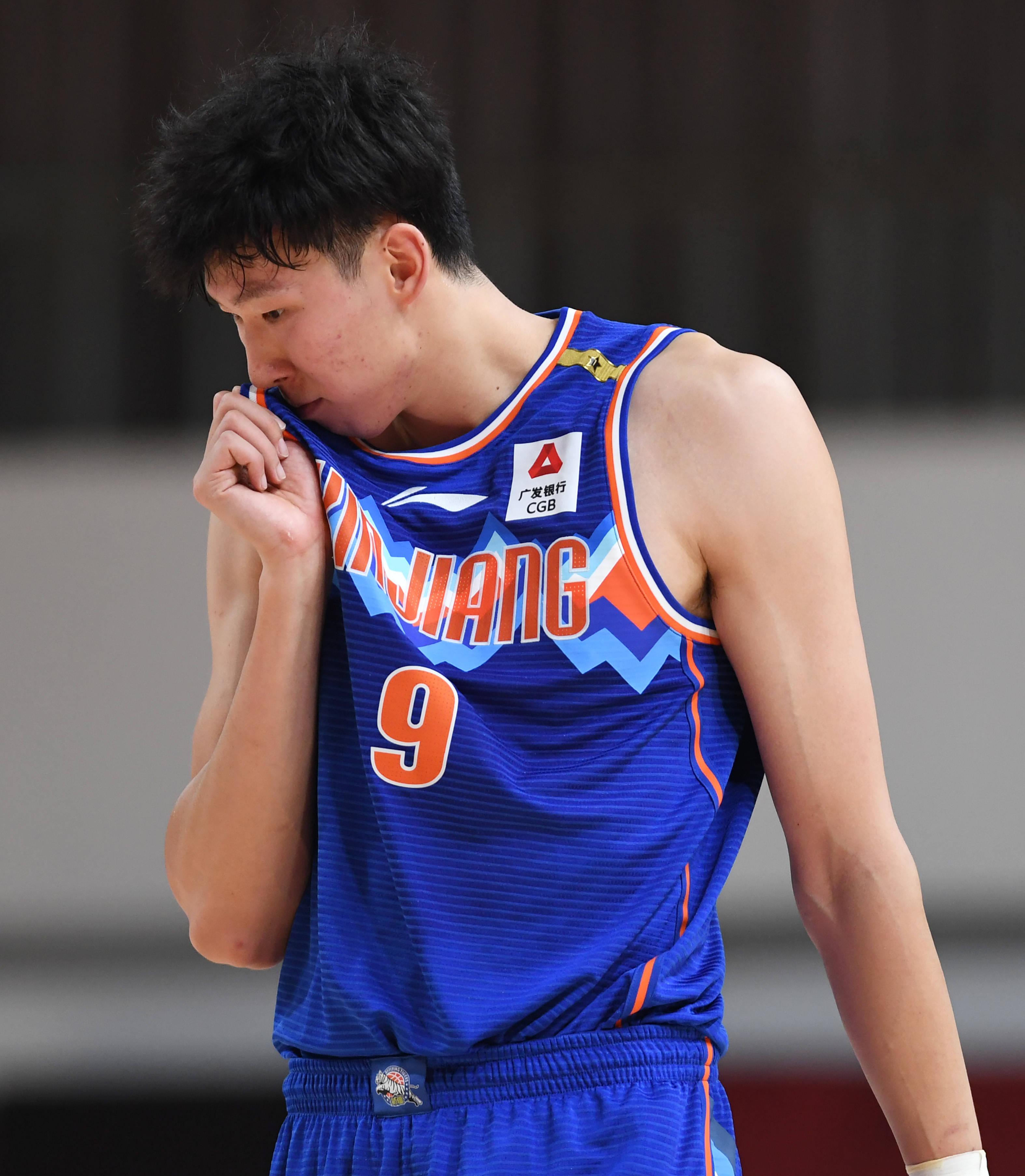 篮球——CBA第一阶段:时代中国广州对阵新疆伊力特