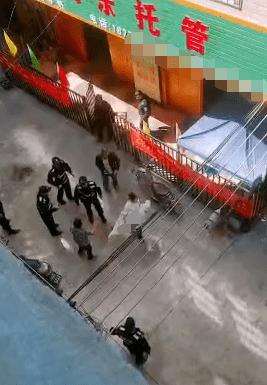 恒达首页广西来宾一男子潜入托管所伤及儿童?知情人:没有生命危险,行凶者已被控制