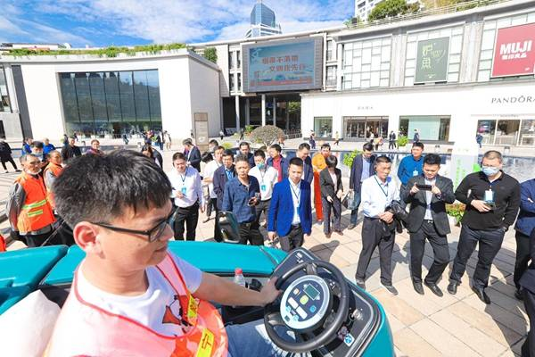 浙江省第二十四个环卫工人节庆祝大会在宁波召开