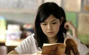 """不必用""""学霸宿舍""""佳话暗示""""读研优于工作"""""""