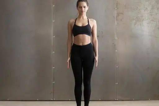 练习瑜伽却忽略山式站立的重要性?那你可能还没入门!