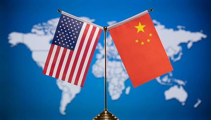美国前财长萨默斯:美国新政治环境将改善中美互动方式