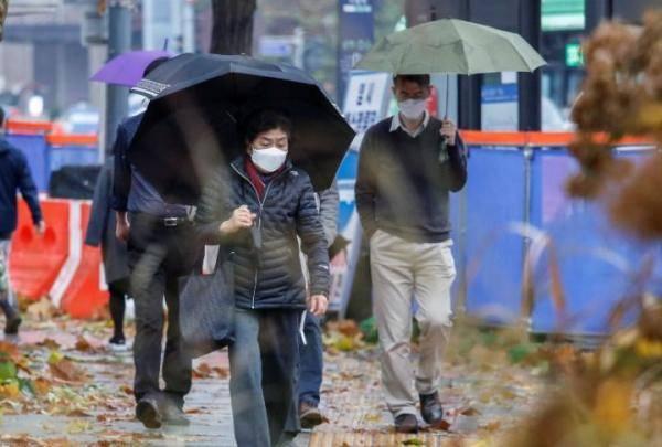 韩国上调首都圈防疫级别 力求高考前控制疫情