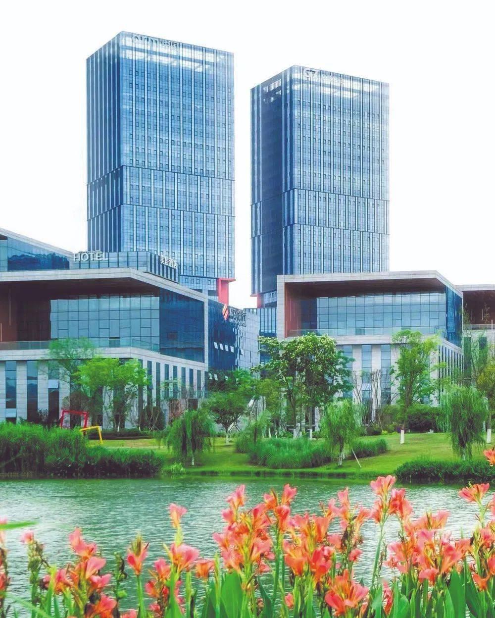 """成都市与上海交大签署系列合作协议 高校""""朋友圈""""再扩大"""