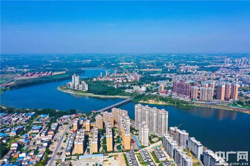 """河南省光山县:""""拥河发展建百里画廊""""扮靓绿"""