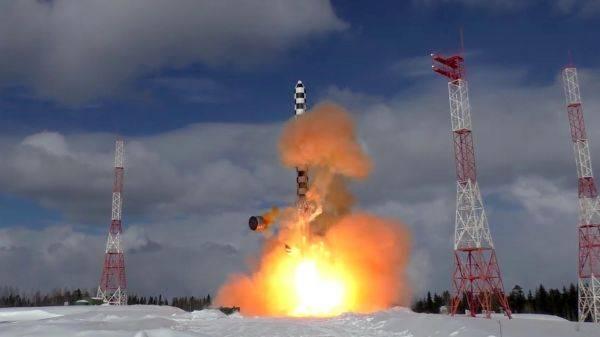 """俄""""萨尔马特""""导弹2022年将投入值班"""