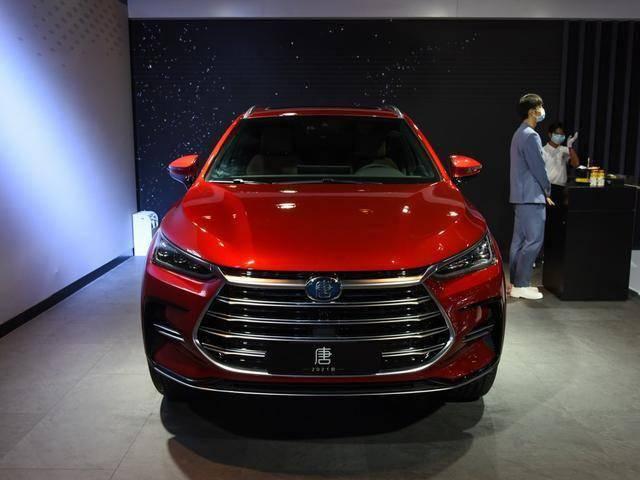 上绿卡,空间很大。了解这些新能源SUV。