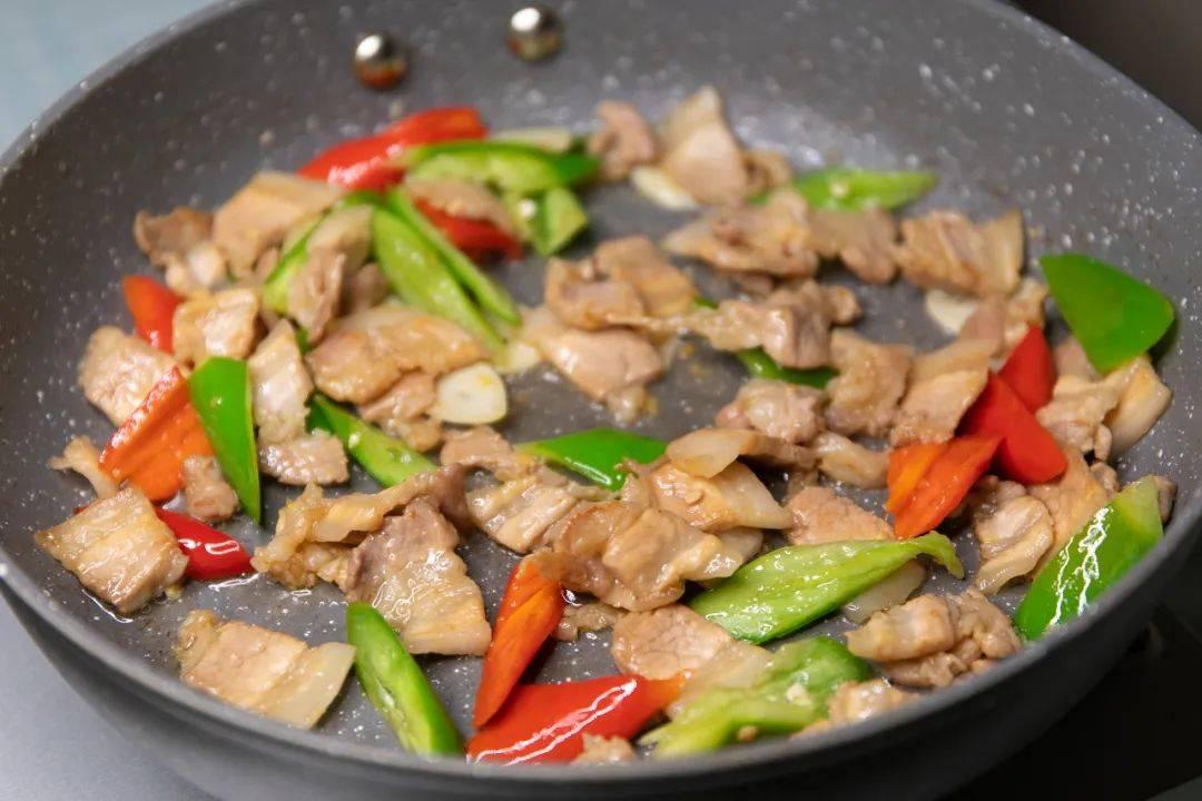 五花肉的灵魂吃法,3步做好,香而不腻,好吃极了!