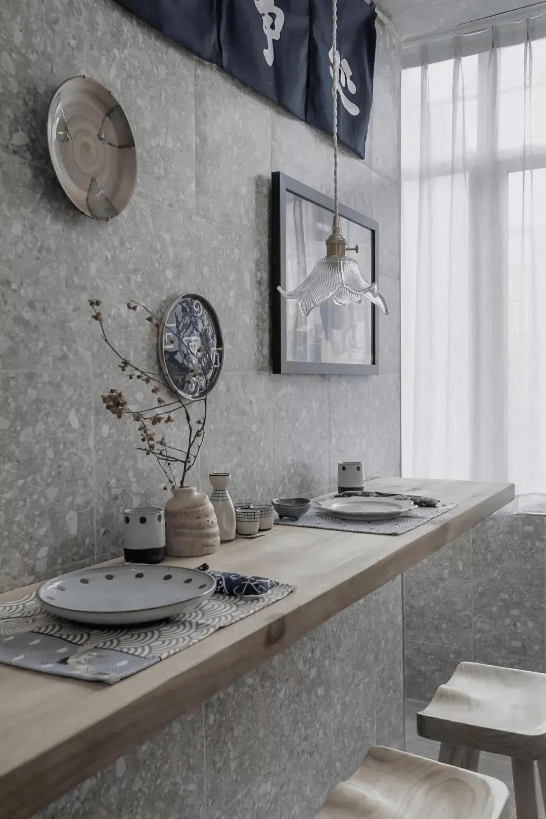 简洁的原木风格 塑造90平两居室温馨空间
