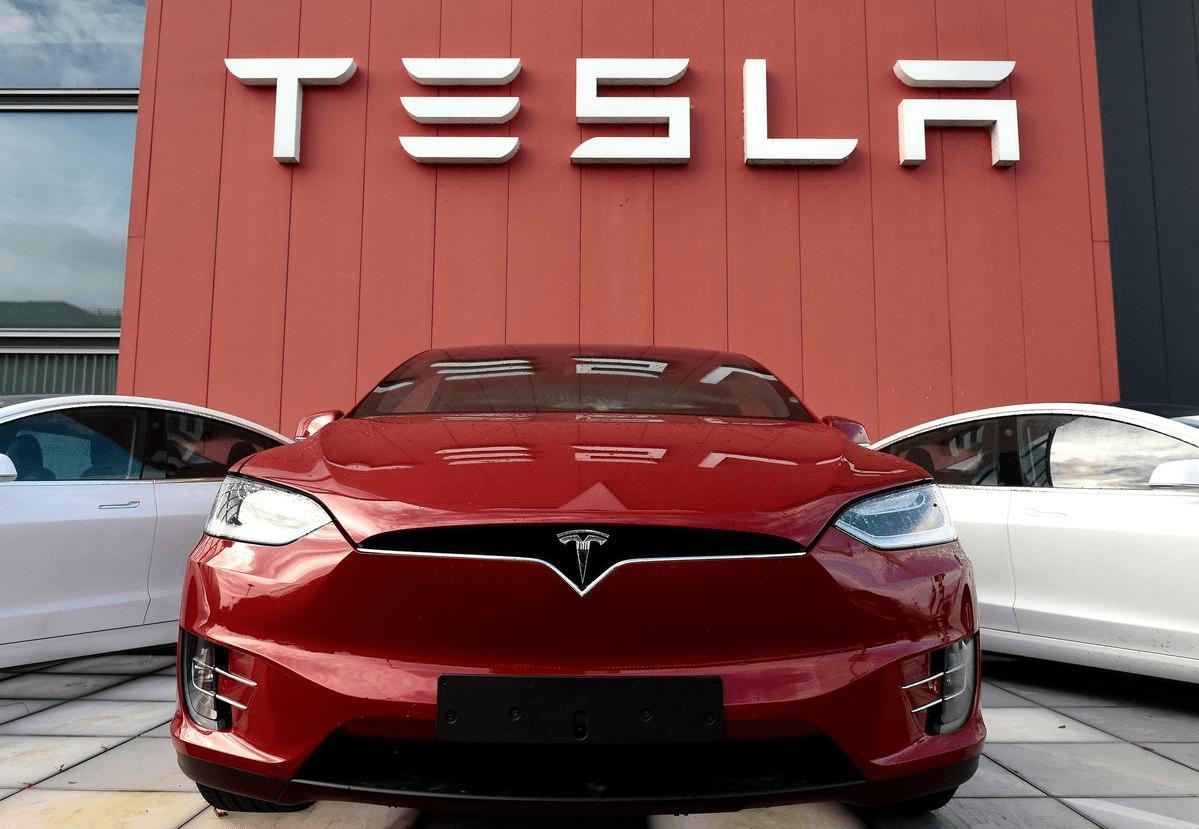 特斯拉在2020年总共交付了49.95万辆电动汽车,略低于50万辆的目标
