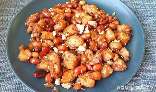 鸡胸肉这样做百吃不厌,麻辣入味,外酥里嫩  第14张
