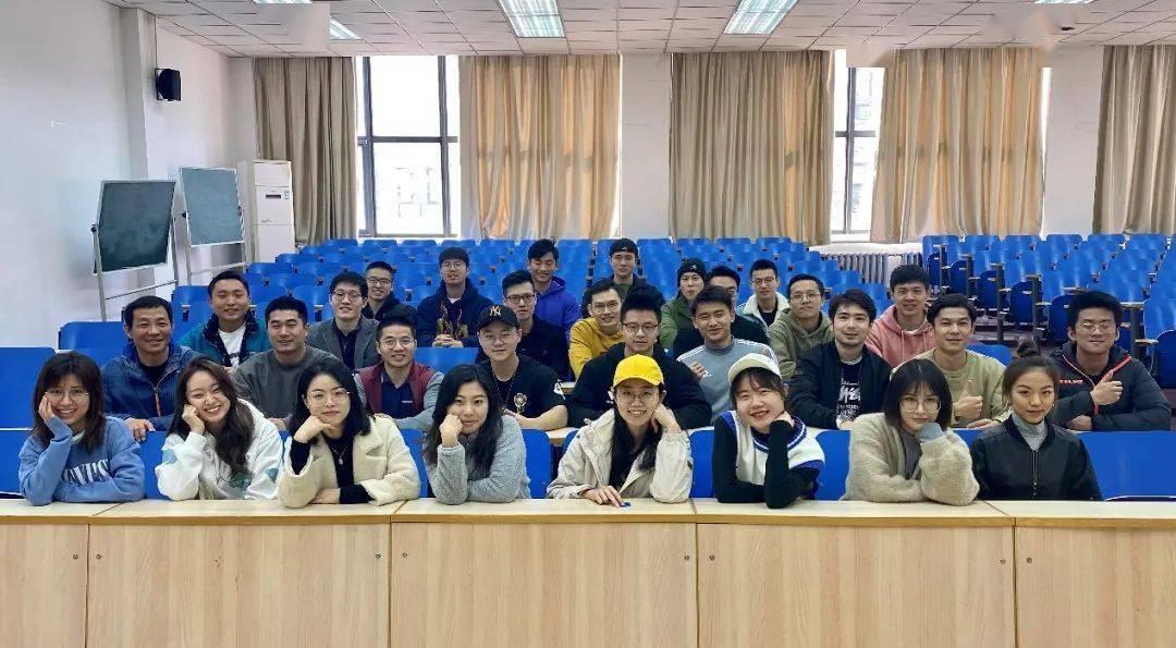 北大健身健美队在中国大学生健美健身锦标赛中