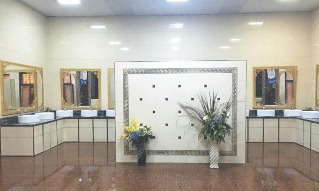 上一次山西临汾的公共厕所,恨不得直接住进去  第19张